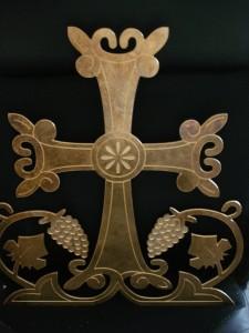 Souvenirs and plaques